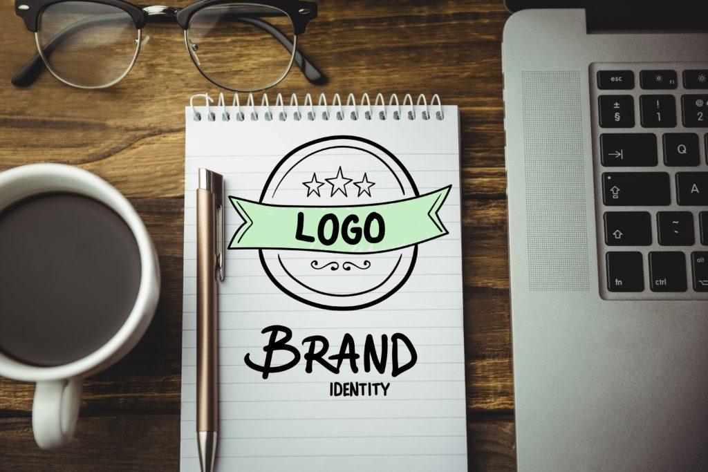 Homethic_blog_home-staging-brand-identity-logo